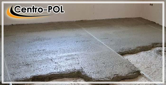 Для получения качественной и прочной стяжки на цементной основе понадобятся о том, как сделать раствор для стяжки пола, в каких пропорциях, расскажем ниже.